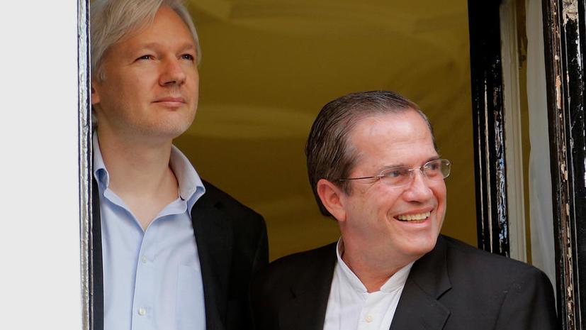 МИД Эквадора: Джулиан Ассанж выйдет из посольства только через главный вход