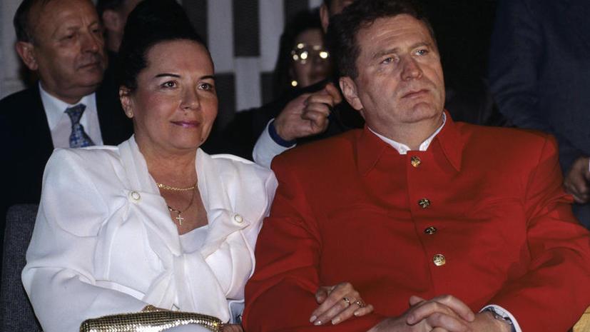 Массовые разводы депутатов оказались апрельской «уткой»