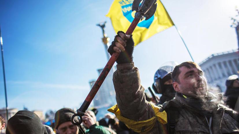 Тысячи украинцев вышли на «народное вече» в центре Киева