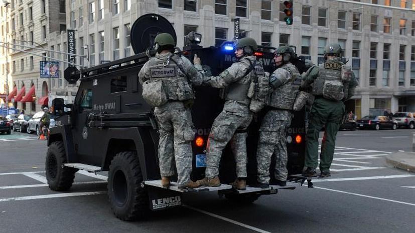 Полиция Бостона задержала человека, который, возможно, причастен к организации взрывов