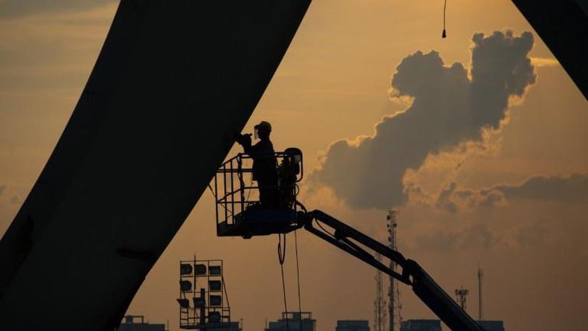 Двое рабочих погибли во время строительства стадиона в Бразилии