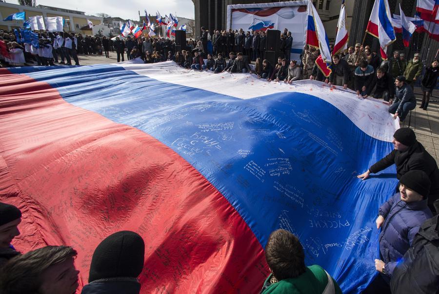 Американские СМИ: Санкции Запада лишь убеждают крымчан в правильности выбора