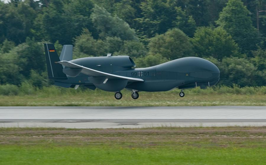 «Мы отвергаем незаконные убийства» - Германия приостанавливает закупку дронов