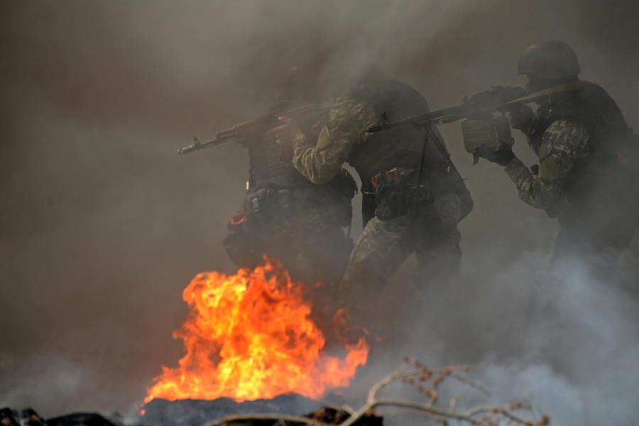 Российские сенаторы предложили ввести миротворцев в Донецкую область