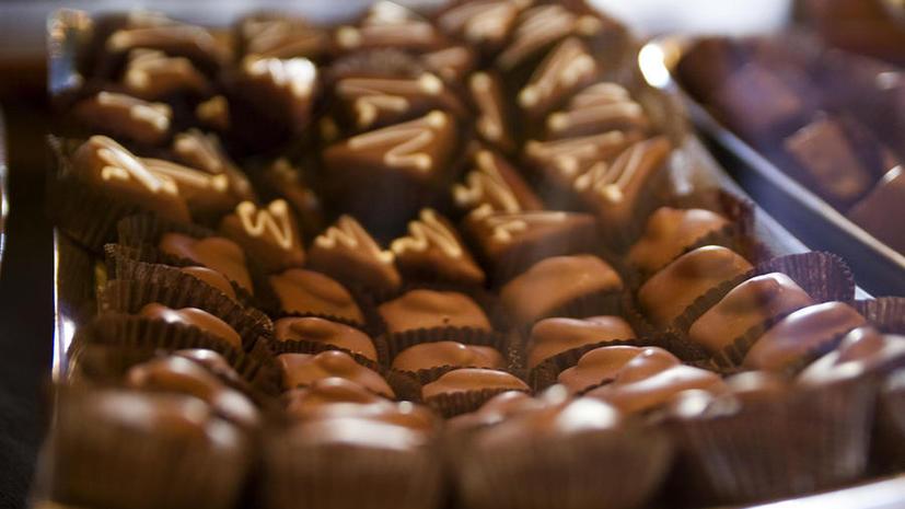 Украина заплатит за введение пошлины на ввоз автомобилей экспортом шоколада, стекла и угля