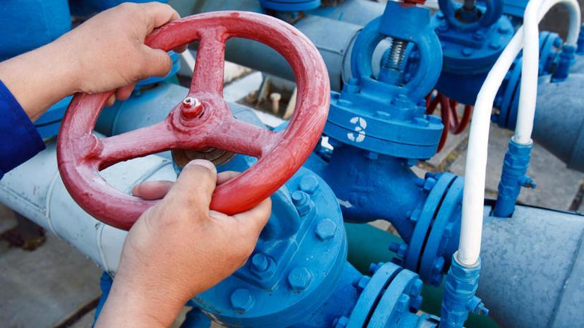 Эксперты: Только введение предоплаты заставит Киев платить по счетам за газ