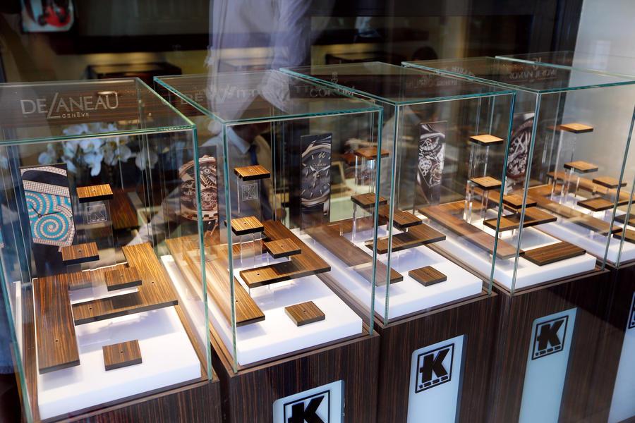 В Каннах похитили перстень стоимостью €70 тыс.