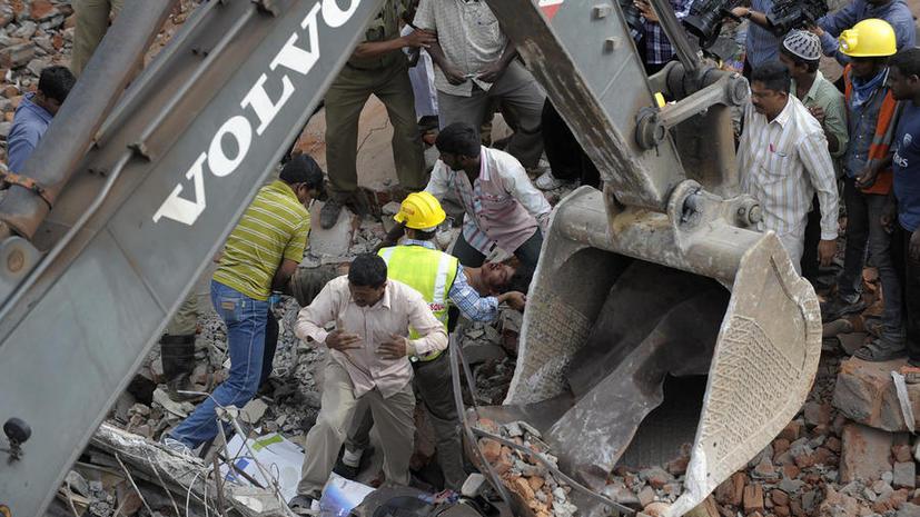 Отель на юге Индии обрушился на людей: 11 погибших