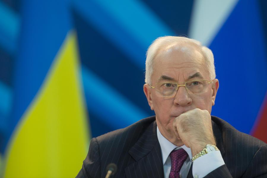 Мнения украинских политиков по поводу отставки Николая Азарова разделились
