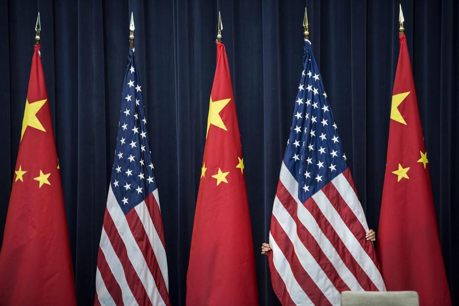 Опрос: к Китаю в мире относятся хуже, чем к США