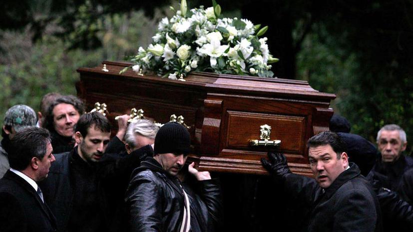 Названы место и время похорон Березовского