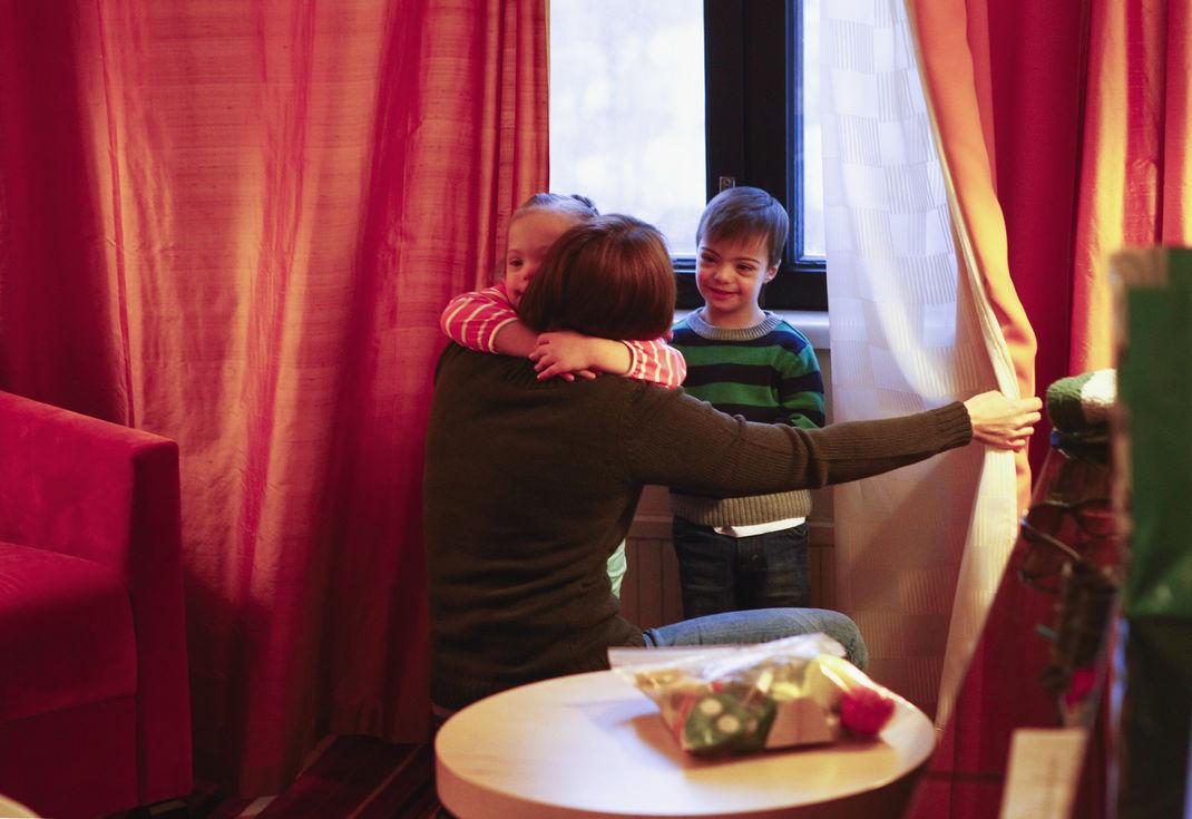 Госдума намерена лишить иностранцев права отбирать у усыновленных детей российское гражданство