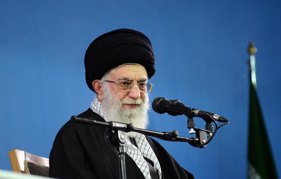 Аятолла Али Хаменеи: У США не получится свергнуть действующий режим в Иране