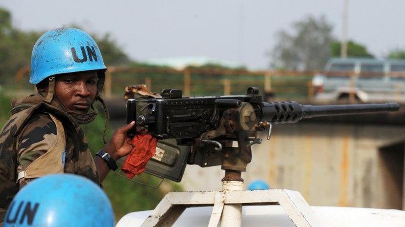 Париж позвал миротворцев ООН навести порядок в Мали