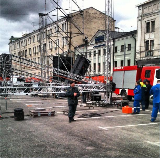 При монтаже звукового оборудования на Болотной площади погиб 25-летний рабочий