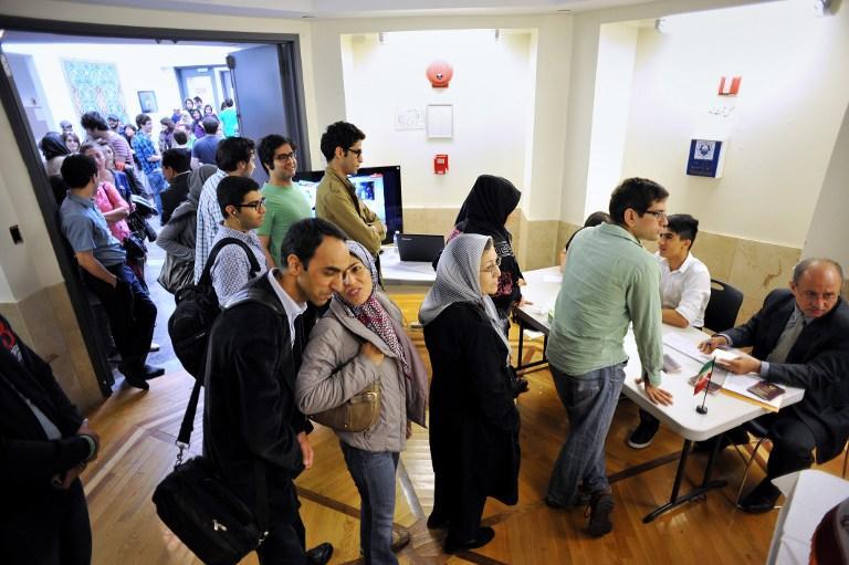 По предварительным итогам президентских выборов в Иране, лидирует Хасан Роухани