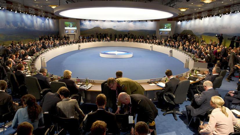 СМИ: НАТО не желает принимать Украину, поскольку боится конфликта с Россией