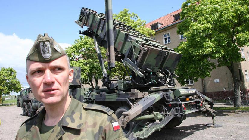 CMИ: Польша перенаправляет свои вооружённые силы на восточную границу