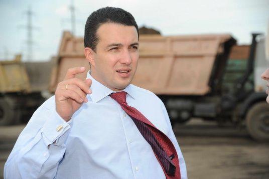 Убитого депутата Михаила Пахомова нашли в бочке с цементом