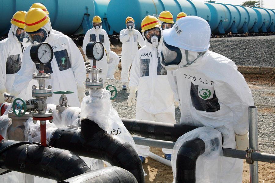 В Японии признали опасность утечки радиоактивных веществ с Фукусимы в Тихий океан