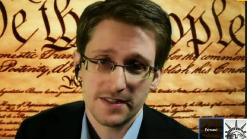 Эдвард Сноуден: АНБ США способно перехватить 100% телефонных звонков в одной из зарубежных стран