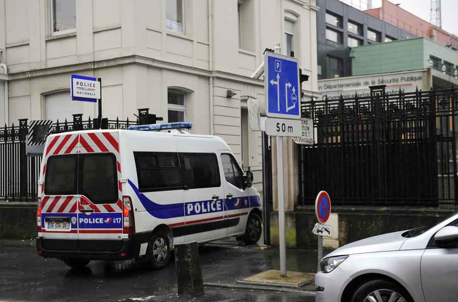 За двое суток в Париже произошли два теракта