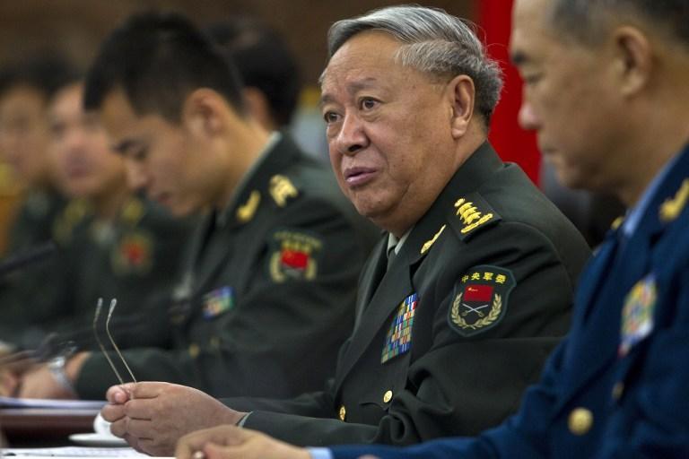 Китайским военным запретили ездить на иномарках