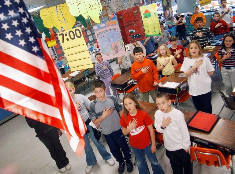 Упоминание Бога под запретом: новые правила в школах США