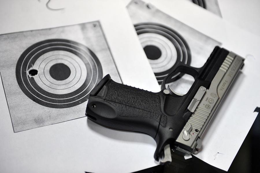Более 100 тыс. человек могут распечатать себе личный пистолет на 3D-принтере