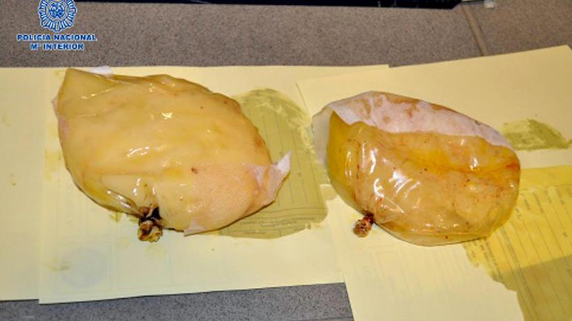 Наркомафия начала поставки кокаина в женской груди