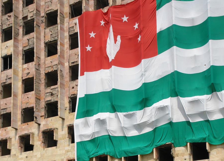 В Абхазии убит первый секретарь российского посольства