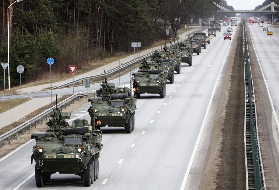 Американские СМИ: США наращивают военное присутствие в Европе, прикрываясь «российской угрозой»