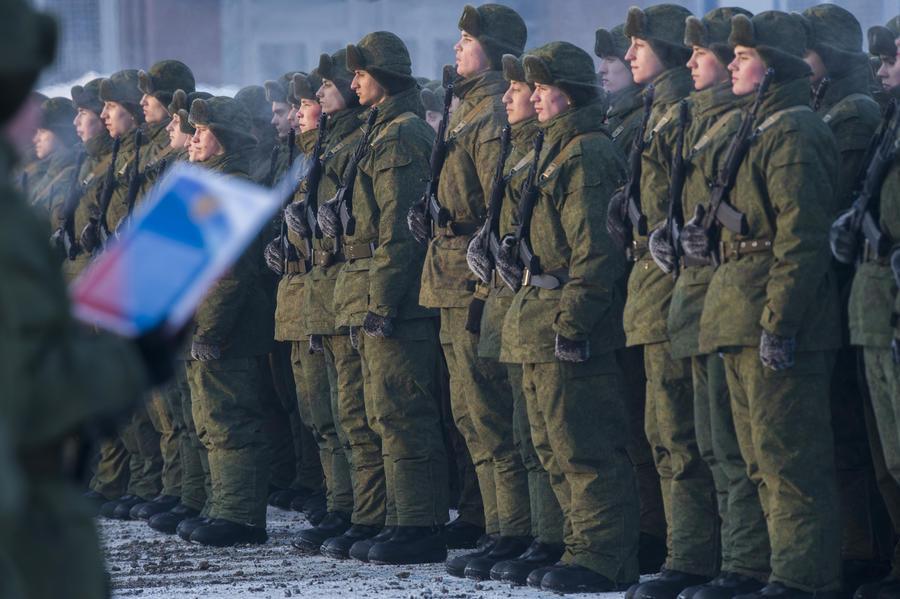 СМИ: Военная полиция будет бороться с дедовщиной и воровством в армии