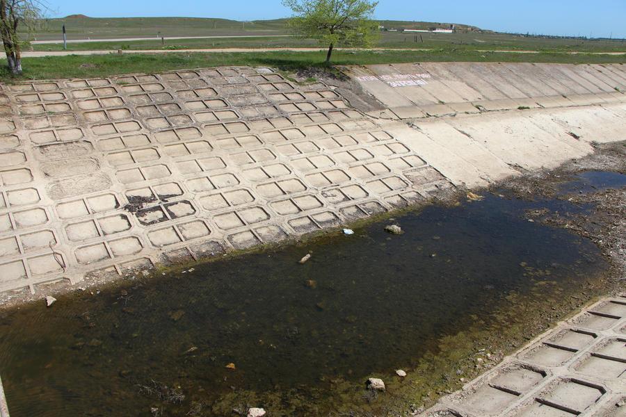 Украина пытается заблокировать Северо-Крымский канал, ссылаясь на учёт воды