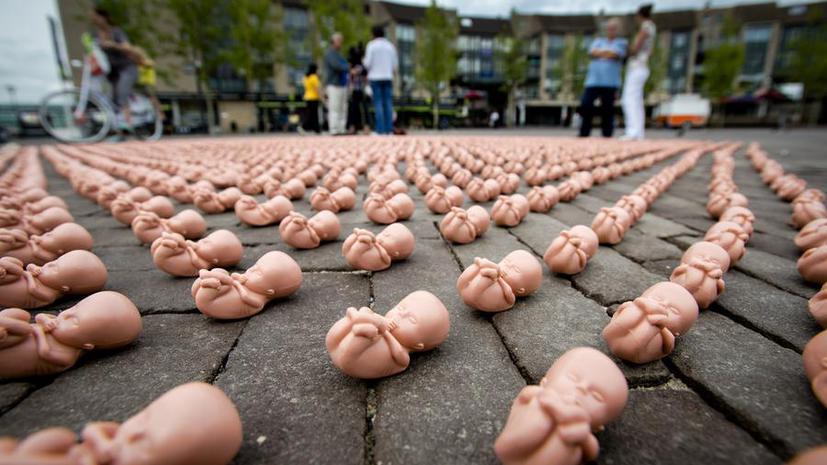 В Ирландии провели первый в истории законный аборт