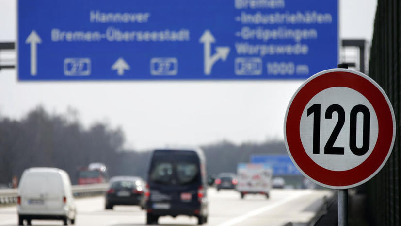 В Германии переделывают автобаны под беспилотные авто: уже через 5 лет водители уйдут в прошлое