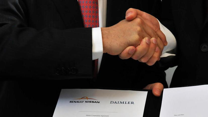 Daimler и Nissan обещают выпустить робо-автомобиль к 2020 году