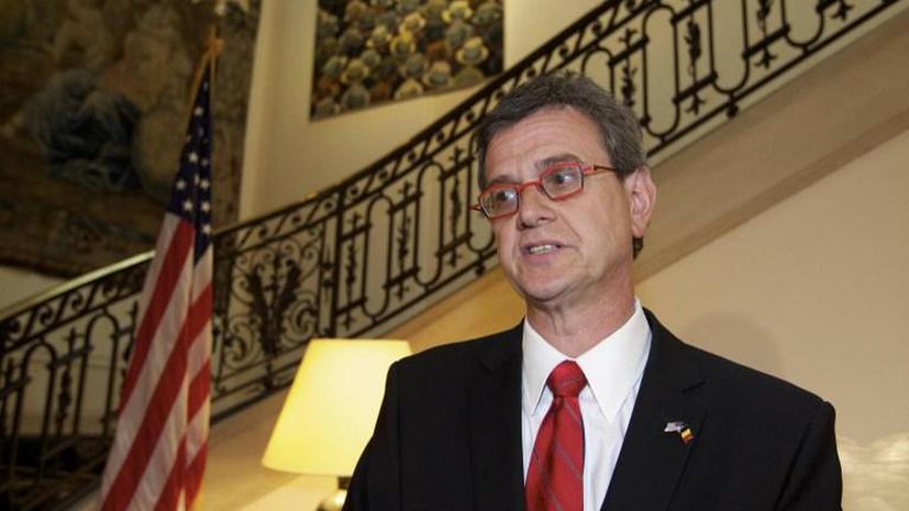 Посла США в Бельгии обвиняют в связи с проститутками