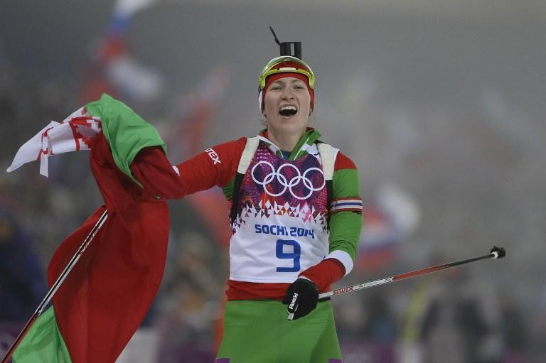 Белорусская биатлонистка Дарья Домрачева выиграла гонку преследования на Олимпиаде в Сочи