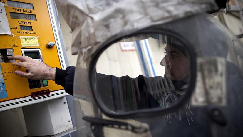 США нарушают собственное эмбарго, закупая нефть у Ирана