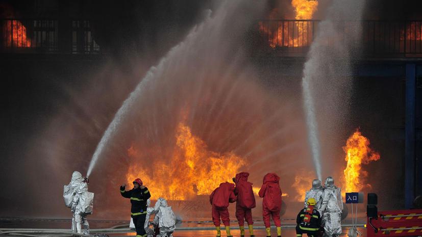 В Китае взорвался химический завод: эвакуированы 20 тыс. человек