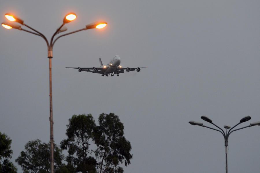 Два самолёта чуть не столкнулись в небе над Шотландией, перепутав указания диспетчера