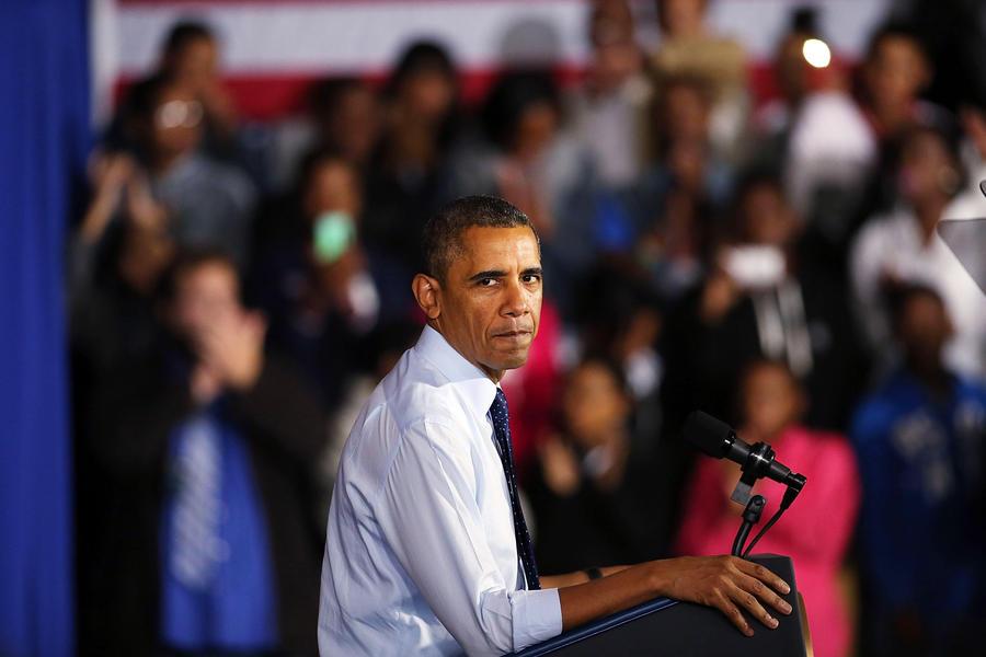 Обама заверил Меркель, что не знал о прослушке её телефона спецслужбами США