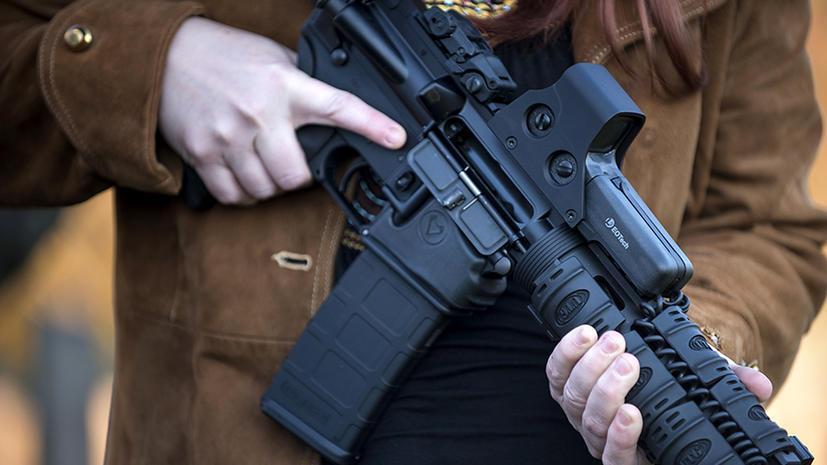 Крупные корпорации США отказываются от инвестиций в оружие после трагедии в Коннектикуте