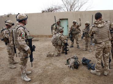 Солдат пьет, служба идет: военные США в Афганистане злоупотребляют алкоголем и наркотиками
