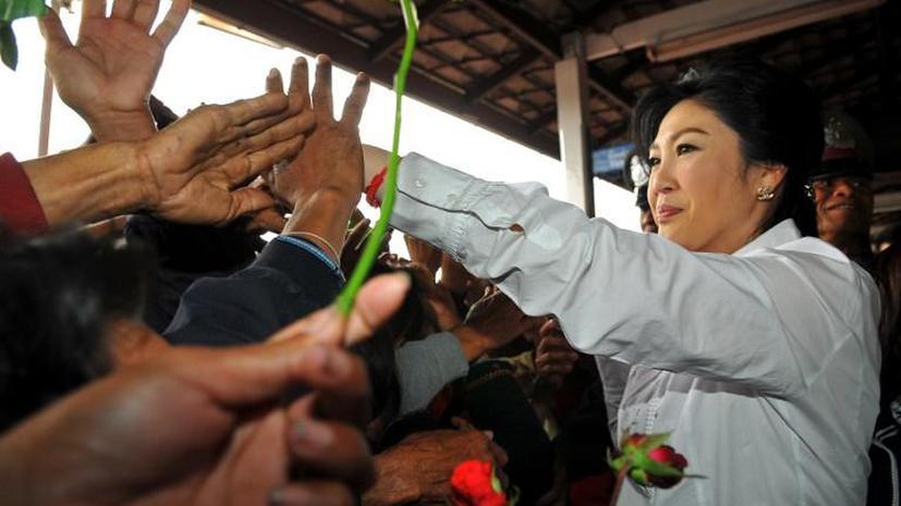 Премьер-министр Таиланда покинула столицу страны