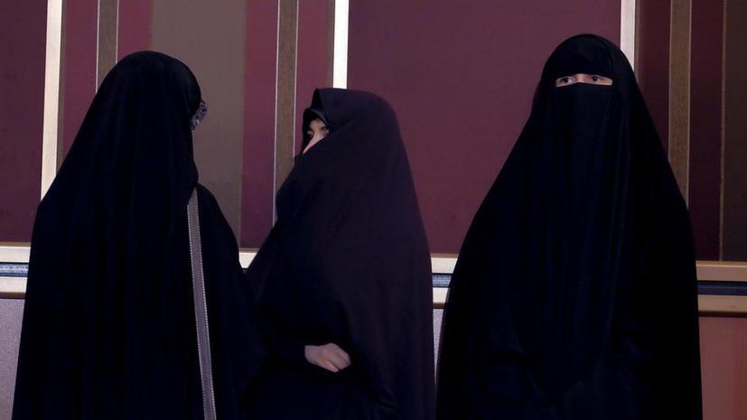 Паническая оборона: мобильное приложение, подозрительный взгляд и другие оправдания исламофобии