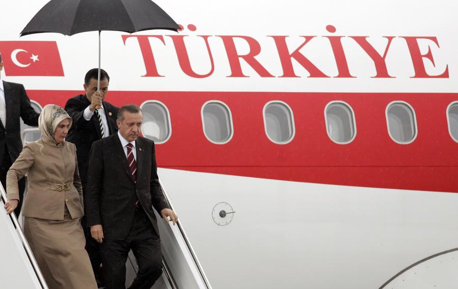 Первая леди гарема: кто такая Эмине Эрдоган и почему её тянет обратно в Османскую империю