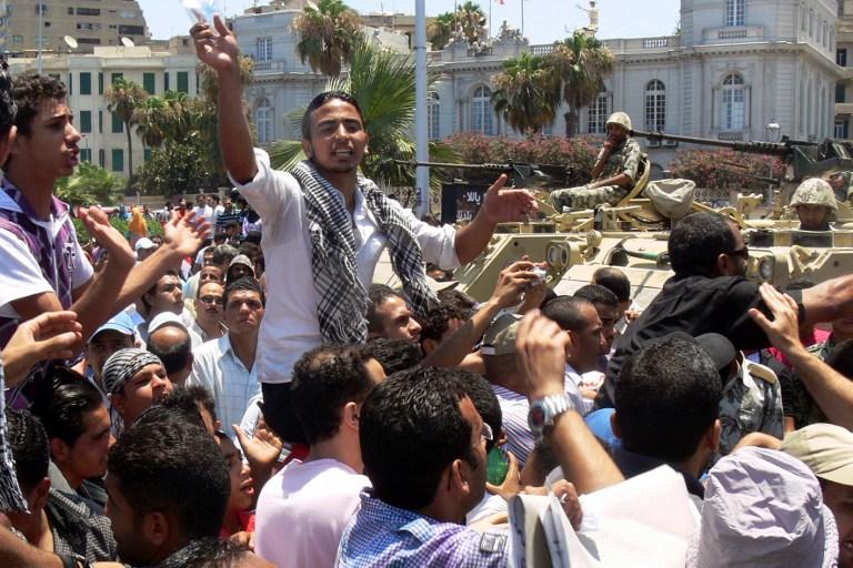 В Египте толпа демонстрантов выступила против судейского произвола