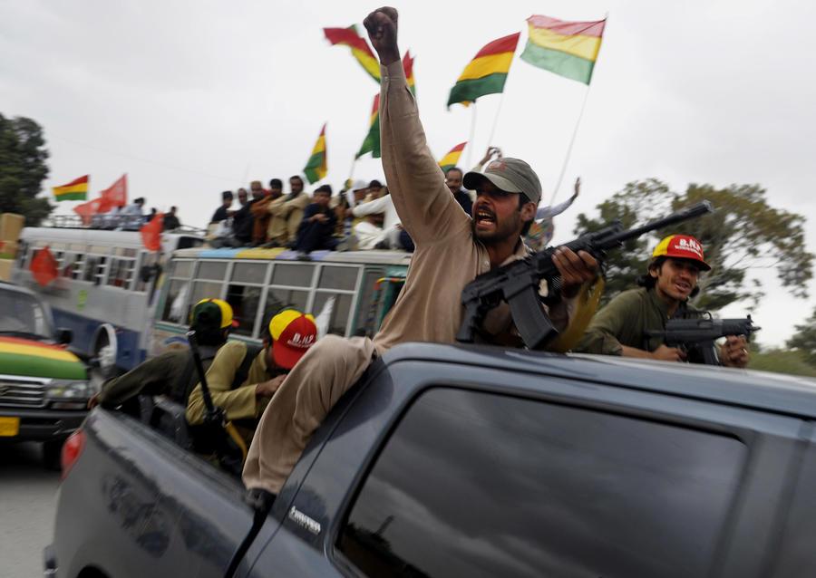 Правительство Пакистана дало согласие на атаки американских беспилотников